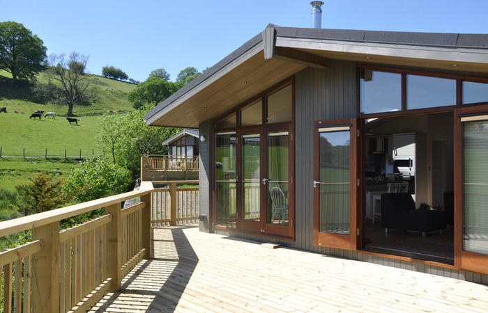 Lodges lake district hot tub