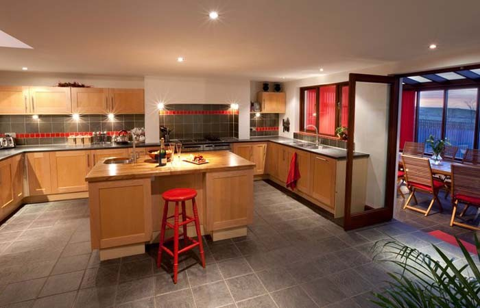 Hampshire Large Holiday Homes With Games Room
