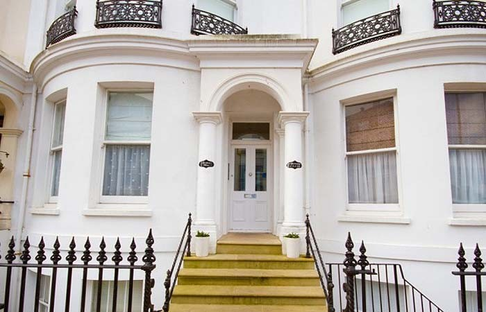 Stylish self catering accommodation in eastbourne for Gresham house