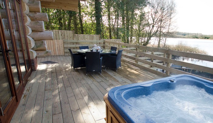 Luxury Lodges with Hot tub - nr the Lake District