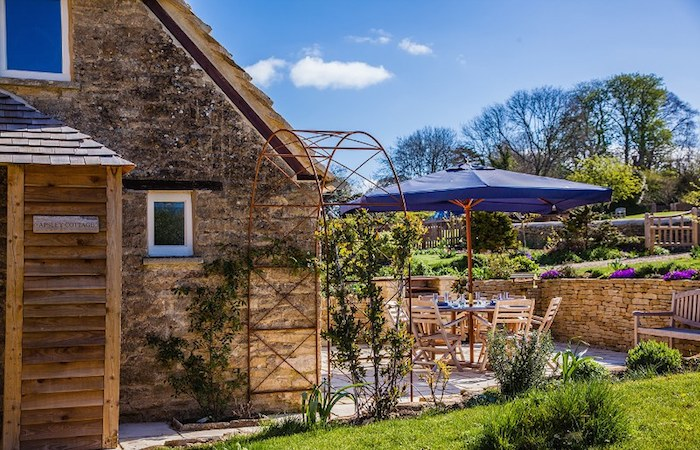 Beautiful Cottage For Holidays: Beautiful Holiday Cottage In The Cotswolds