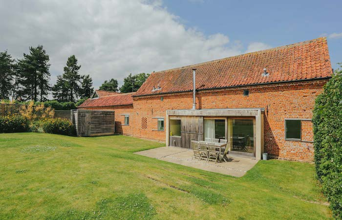 Quaker Barns – Two luxury self catering barns in Haveringland Norfolk