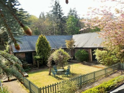 Kilmichael Deluxe Cottages Glen Cloy By Brodick Isle Of Arran Scotland KA27 8BY